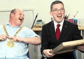 (Belfast Mayor Niall O'Donnghaile at Art Ability)