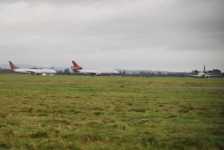 Omni Air US Troop Carriers at Shannon 22 Dec 2011