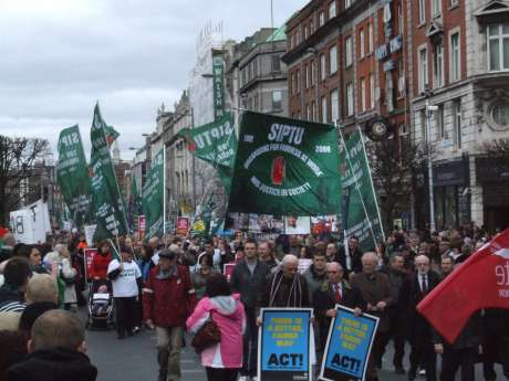 SIPTU banner - in favour of sunshine and all good things