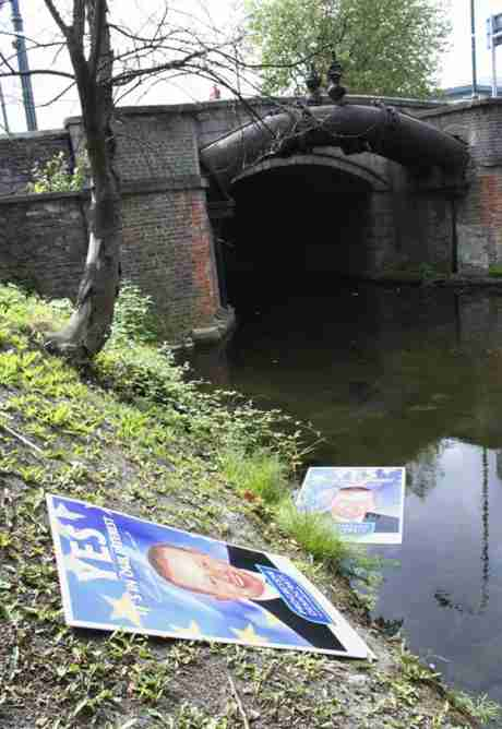 Friday 13th June, 2008: PD posters in the Grand Canal by Leeson Street Bridge