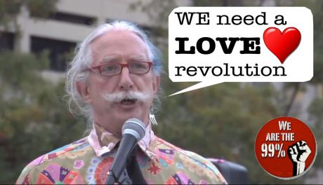 Dr. Patch Adams MD at Freedom Plaza : We need a Revolution of Love